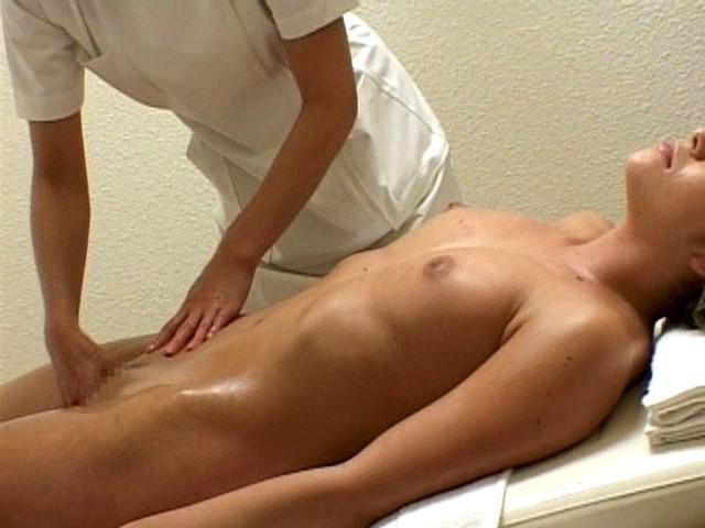Blow job naked woman