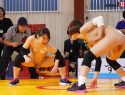 |SDDE-595| These Muscular Girls Are Using Their Tight Pussies To Fight Over His Cock A New Competitive Event [Sex-Wrestling] Emi Sakuma Yuka Sawafuji Momohara Fujishiro muscular  sports cowgirl-14